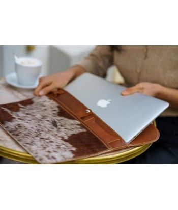 INGA LEATHER LAPTOP SLEEVE