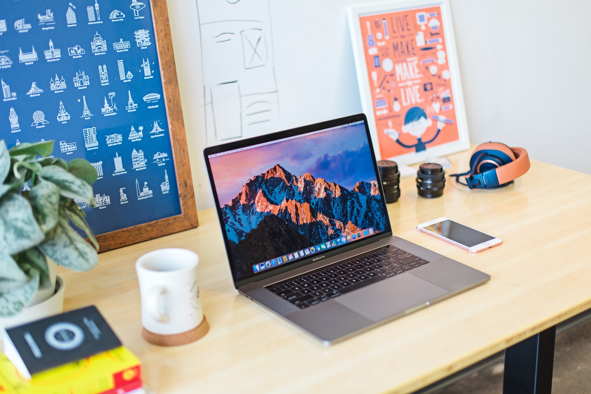 3 Tips on How to Stay Productive in the Home Office